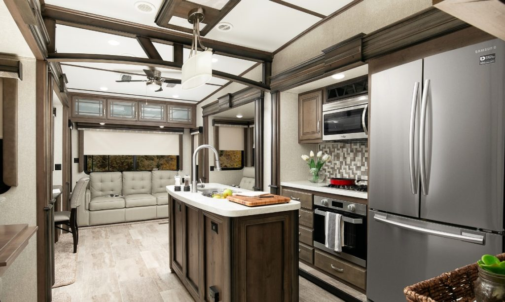 Keystone Montana 3561 Luxury Trailer