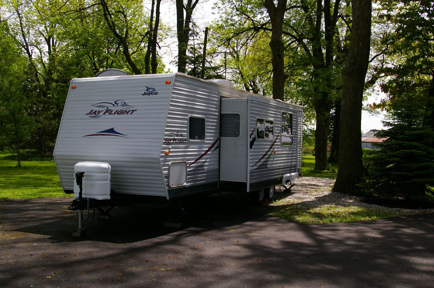 trailer with slide out